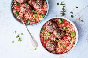 Découvrez cette recette de boulettes de bœuf et riz sauce tomate du livre « Mimi cuisine en un clin d'oeil au Companion » de Marine Rolland