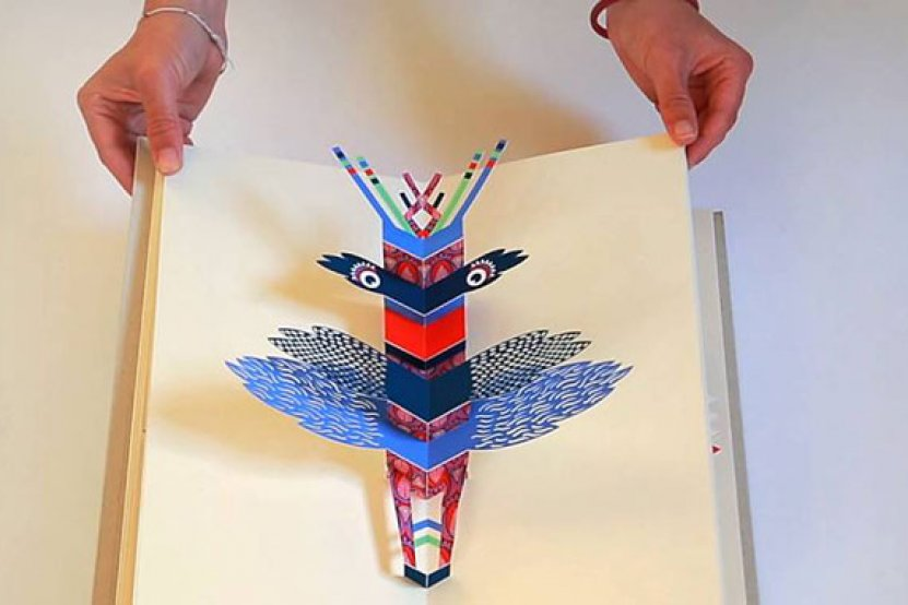 """Totems"" : le livre pop-up de Mathilde Bourgon"