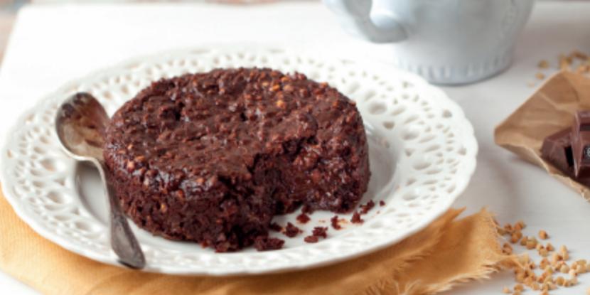 Fondant magique au chocolat : une recette sans œufs, ni beurre, ni farine